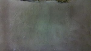 Here I didn't put in enough sand and you can see the results here. Excess clay is causing shrinkage and lots of cracks.